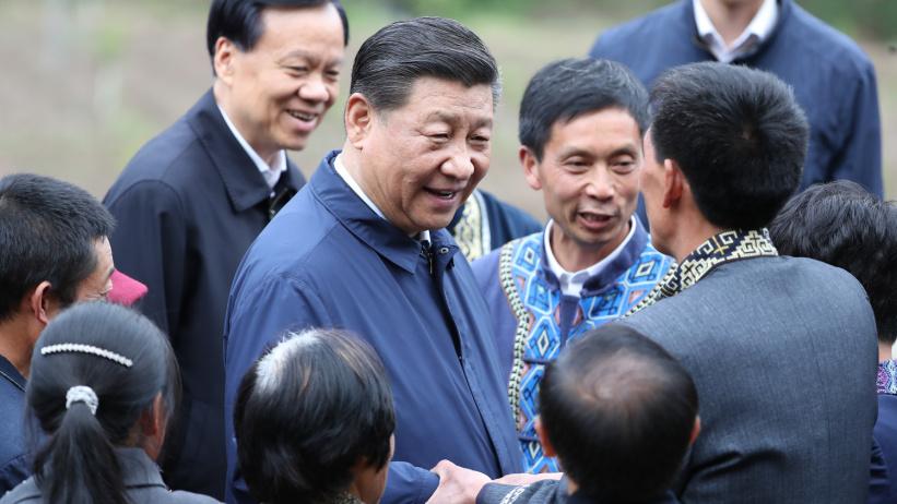 """習近平在重慶考察并主持召開解決""""兩不愁三保障""""突出問題座談會"""