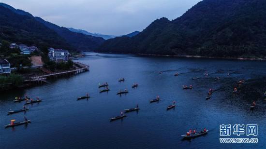 """(美丽中国)(5)""""渔舟唱晚""""助力特色乡村旅游"""