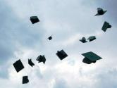 高校毕业季:每一个梦想和选择都值得尊重
